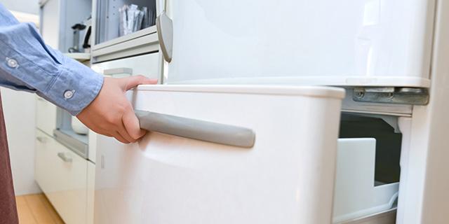 冷蔵庫を運ぶ際に注意すること